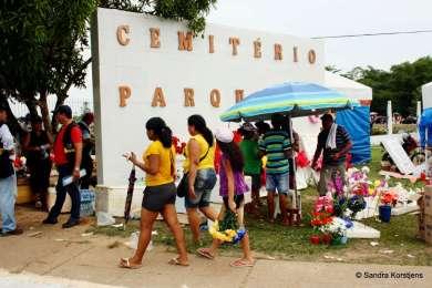 Grote begraafplaats in Manaus.