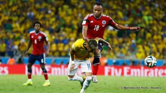 De knie van Zúñiga maakt een einde aan het WK voor Neymar
