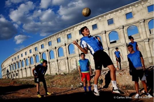 Het nieuwe stadion in Alto Santo is geïnspireerd op het Colosseum